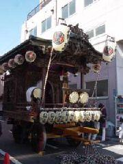 八幡上町(上地区)・明治期の建造で、古い山車の一つ