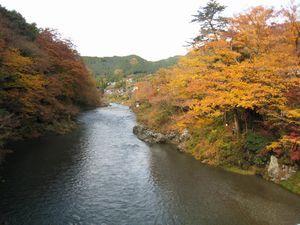 紅葉しげる御岳渓谷