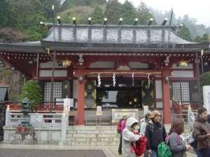 大山阿夫利神社の下社。江戸時代まではこの場所に不動堂があった
